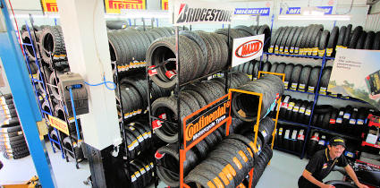 Wide range of Bridgestone Metzeler Michelin Continental Maxxis & Pirelli motorcycle tyres at Sydney's best tyre prices