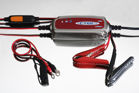 CTEK XC0.8 6 Volt Battery Charger, the XC800 is ideal for your Vintage Motorbikes & Cars With 6 Volt System