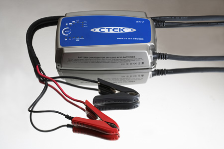 CTEK MULTI MXT-14 24V 14A Battery Charger - Price $469 FREE Freight XT14000