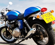 Avon Roadrider AM26 suited to modern and classic bikes Triumph Thruxton Bonneville